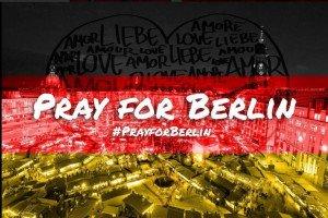 10439564-pray-for-berlin-ich-bin-ein-berliner-les-meilleures-images-de-soutien